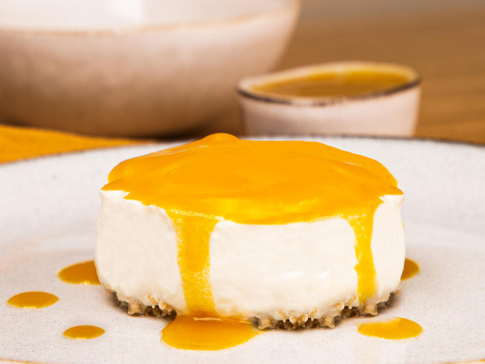 Cheesecake exotique ananas au coulis de mangue